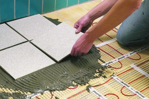 Тепла підлога під кахельну плитку. Електрична тепла підлога під плитку який краще? тепла підлога електрична своїми руками